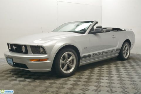 Used Ford Mustang 2dr Convertible GT Deluxe