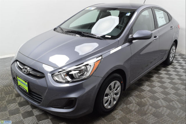 new 2017 hyundai accent se sedan in hopkins hn16673 morrie 39 s automotive group. Black Bedroom Furniture Sets. Home Design Ideas